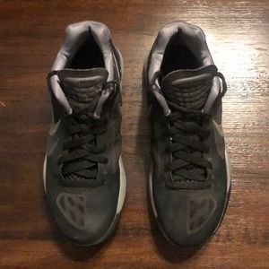 Nike Hyperspire Volleyball Shoes